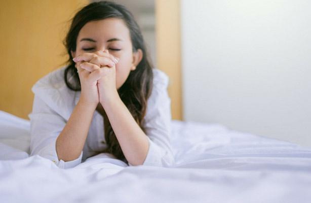 woman praying night